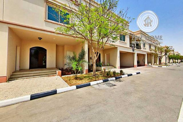 Hot Price! Exclusive 4BR. فيلا 4 غرف نوم